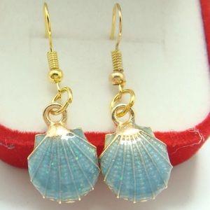 Jewelry - Aqua Shell Earrings. 🌊